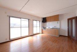 賃貸物件「町田コープタウン」7号棟と20号棟の改修済みのお部屋をご紹介!