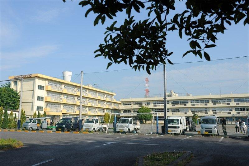 会場の「町田市教育センター」校庭