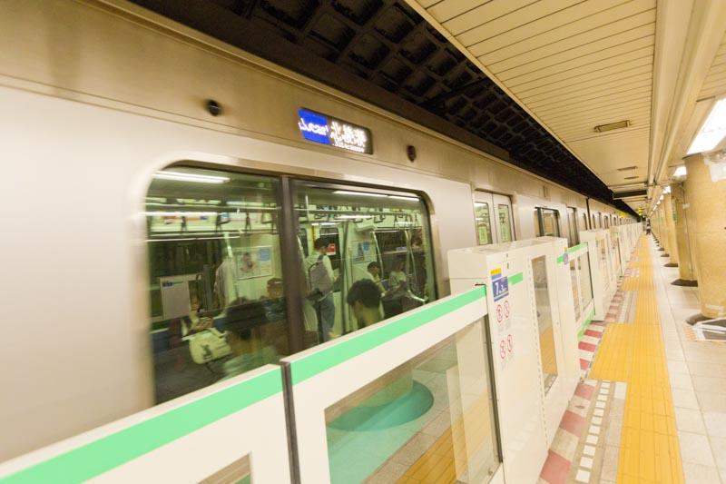 千代田線列車