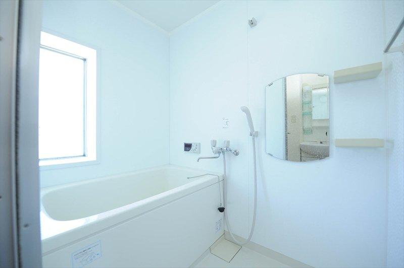 浴室もクリーンな状態