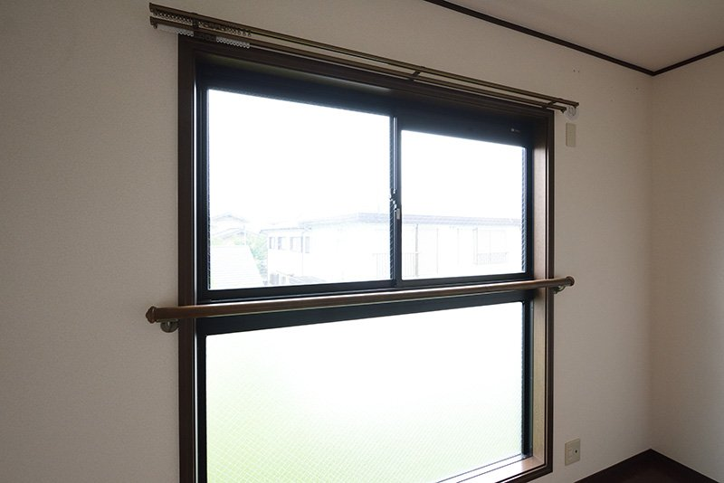 リビング窓には安全対策