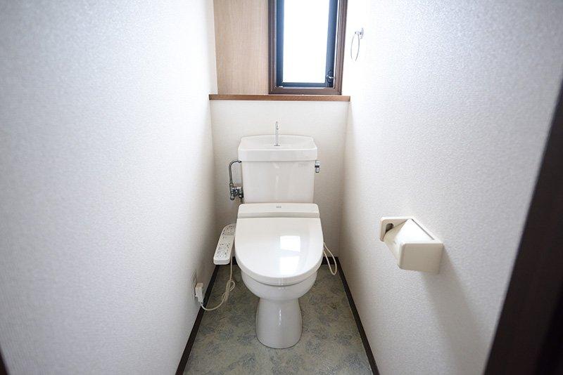 日差しが入りトイレもとってもきれいです