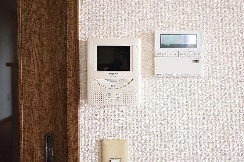 インターホンと給湯関係のスイッチ