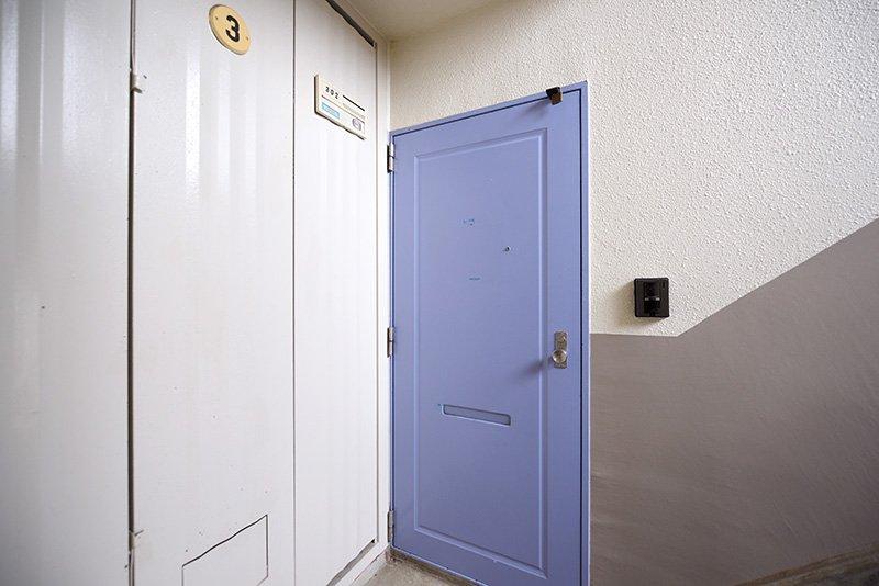 「ポプラヶ丘コープ11号棟」廊下