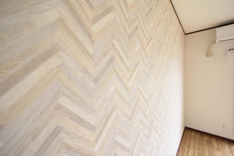 サンホワイトD201リビング壁