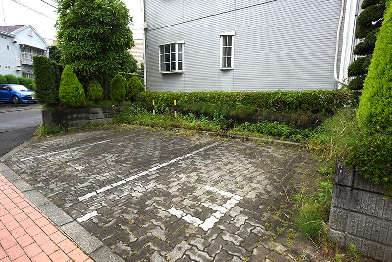 ウインディアМ13駐車場