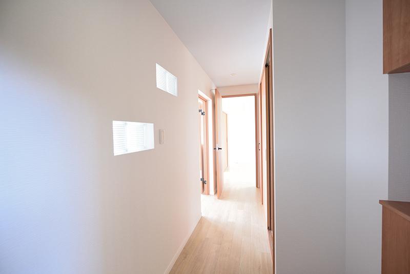 「「町田コープタウン18号棟 306号室」 廊下