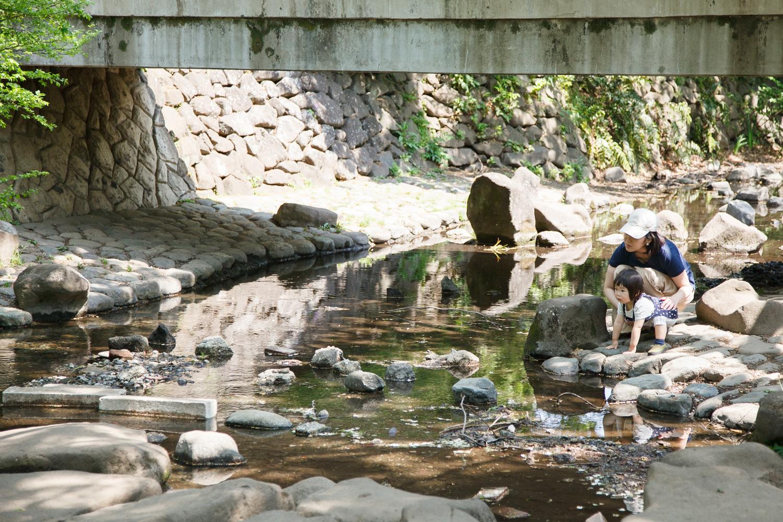 清流で水遊びを楽しもう!