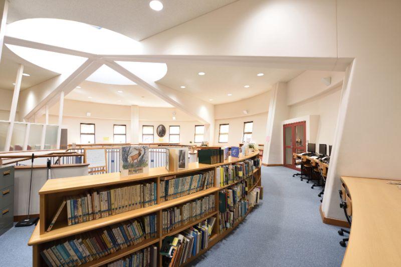 図書館の2階部分