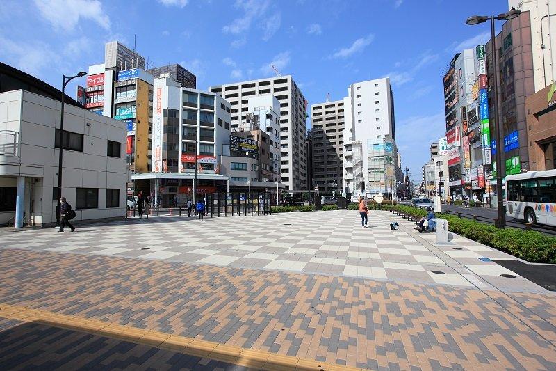綺麗に整備された「新小岩」駅南口広場